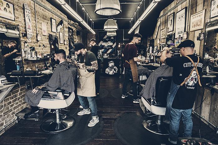 Foto// Cuts & Bruises Barbershop